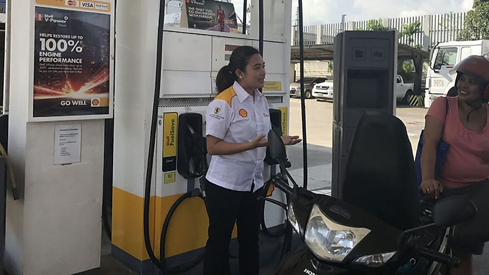 Kat Diola-Tia, account manager for Shell's commercial fleet business