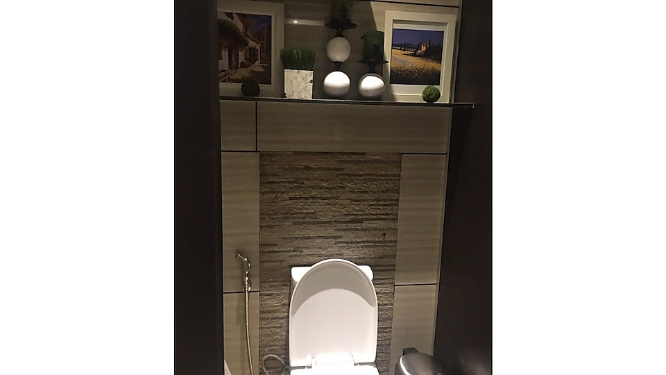 Top-notch Toilets interiors and features