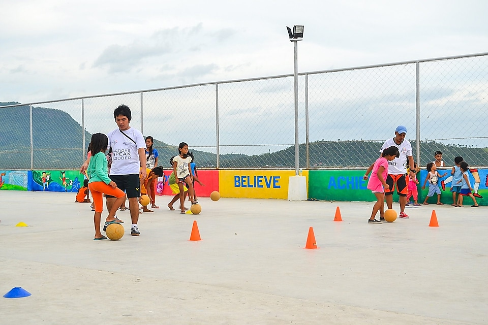 Tacloban kids during F4L session